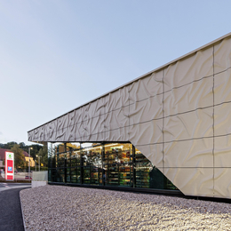 Spar Markt in Alland – Fassadeninnovation Lumitex